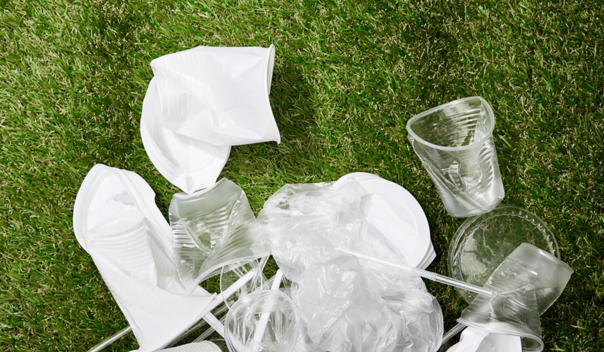 Coronavirus: aumentato il consumo di plastica monouso