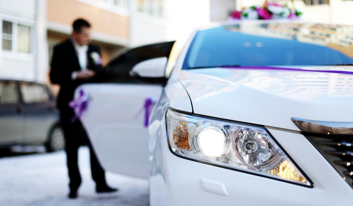 Noleggio con conducente: nessun obbligo di rientrare in sede dopo ogni corsa