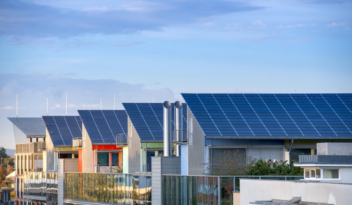 Boom di autoconsumo collettivo e comunità energetiche